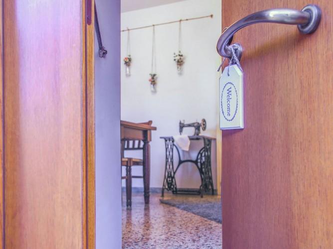 ingresso casa da vendere valorizzata con home staging